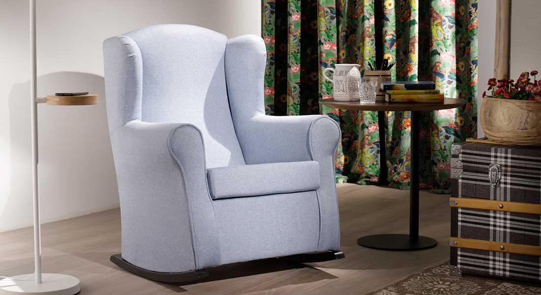 sillón balancín azul viena mimma gallery