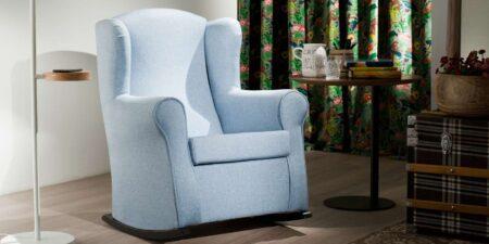 decoración salón sillon balancín azul roger mimma gallery